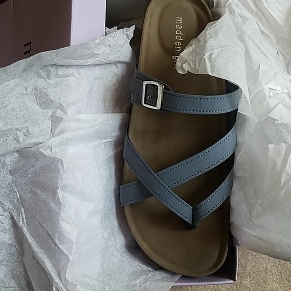 Madden Girl Bartlet Slide Sandals Nib